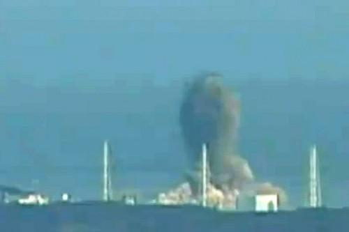 120807_fukushima_daiichi_explosion_512_342.jpg