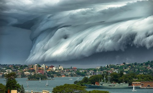 1113shelf_cloud_sydney1