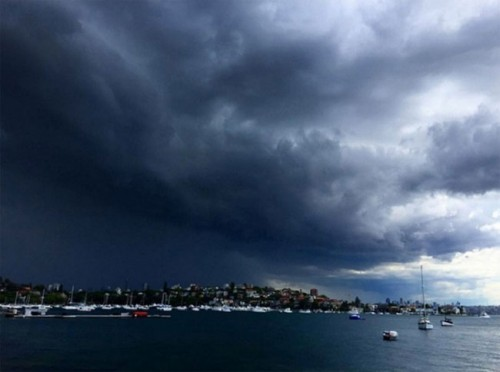 1113shelf_cloud_sydney3