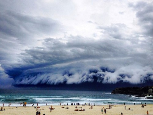 1113shelf_cloud_sydney4
