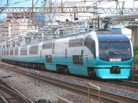 nazo_train (1)